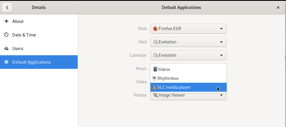 Debian Default Media Player